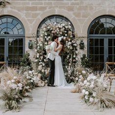 Aisle Flowers, Wedding Flowers, Wedding Dresses, Backdrops, Wedding Venues, Dream Wedding, Wedding Decorations, Profile, Photo And Video