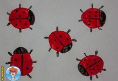 Lieveheersbeestjes stempelen met een aardappel - knutselen -