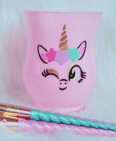 Wink Unicorn brush holder