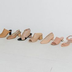 Working on our summer tans #heels #tan #footwear #thedreslyn