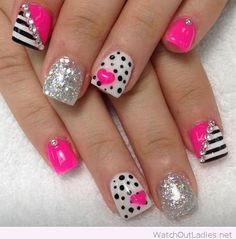 This Pink, black and white nail art girly design is so pretty!