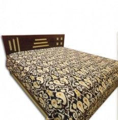 Decor your house with beautiful bed covers at low price