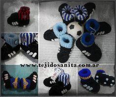 #Crochet Escarpines para varones tipo botines de fútbol. - soccer boots baby  #imadeit #pixlrcontest