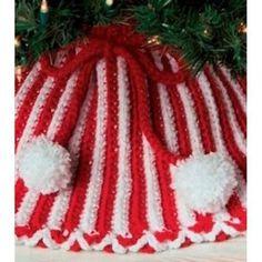 Candy Cane Tree Skirt free crochet pattern - Free Candy Cane Crochet Patterns - The Lavender Chair