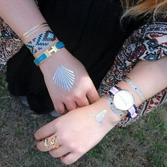 Une nouvelle suggestion de Mona @whenshabbyloveschic ✌ Bon week-end les filles ! ✨Iwi, Winona, Eyota et Chumani à retrouver sur www.ethnikk.com Plus de 60 #tattoos pour sublimer votre #look au quotidien. #ootd #girl #mode #fashion #tattoo #igers #love #instamood #bijoux #instadaily #mood #tbt #summer