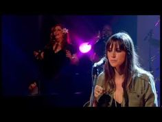 Cat Power - The Greatest [Later... with Jools Holland 2006-06-23] Amazing expression. Gorgeous track. Lovable. Beautiful performance.
