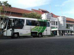 Sewa Bus Jogja Tujuan Surabaya