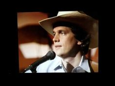 Fire I can't put out. Hee Haw 1983 George Strait - YouTube