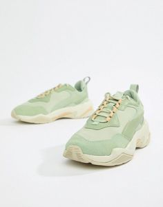 Puma thunder desert green sneakers. #puma #sneakers #shoes #activewear Green Trainers, Green Sneakers, Dad Sneakers, Puma Sneakers, Asos, University Bag, Baskets Vertes, Puma Outfit, Student Fashion