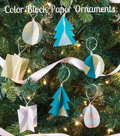 Craft a Color Block Paper Ornament to decorate your tree this holiday! | Holiday crafts | Christmas Tree crafts