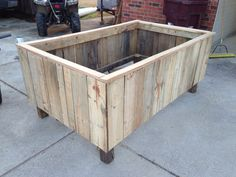 1000 images about garden ideas on pinterest pallet for Flower beds out of pallets