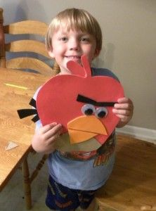 Angry Bird Apples Craft - Fall Crafts For Toddlers Fall Crafts For Toddlers, Toddler Crafts, Preschool Crafts, Fun Crafts, Family Art Projects, White Poster Board, Apple Crafts, Apple Theme, Object Lessons