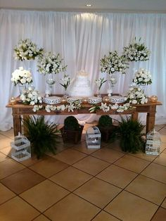 Mesas  casamento Diy Wedding, Rustic Wedding, Wedding Flowers, Wedding Day, Birthday Decorations, Wedding Decorations, Table Decorations, Buffet Set Up, Dessert Table Decor