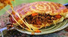In en om die huis: KerrieMaalVleis Met Cheddar & Paprika Jaffel Braai Recipes, Beef Steak Recipes, Brunch Recipes, Cooking Recipes, Healthy Recipes, Pannekoeken Recipe, South African Recipes, Ethnic Recipes, Kos