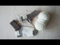 Kaunis kirjoneulekuviointi, herkulliset värit ja lämmin, paksu Novita Isoveli -lanka tekevät tästä setistä talven suosikin. Opi Colors, Magic Loop, Alpaca Wool, Marimekko, Knitting Socks, Knit Crochet, Diy And Crafts, Projects To Try, Barn