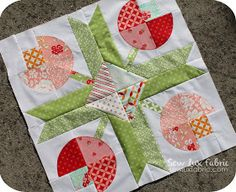 Hey there! I am running a little late again with my sewing (sorry about that!), but I am happy to be popping in to share this really fun (. Lap Quilts, Small Quilts, Mini Quilts, Quilt Block Patterns, Pattern Blocks, Quilt Blocks, Quilting Projects, Quilting Designs, Drunkards Path Quilt