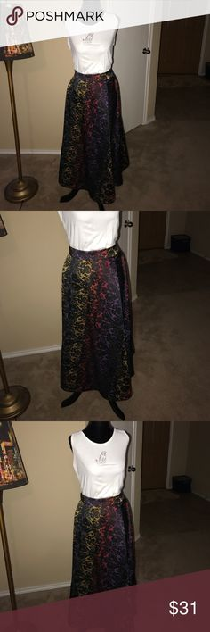 Super fun multicolored skirt Super fun multicolored skirt Catherine Malandrino Skirts Midi