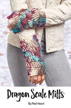 Dragon Scale Mitts free knit pattern in Super Saver yarn.
