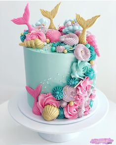 Love these colors, simply stunning! Mermaid Birthday Cakes, Mermaid Cupcakes, Birthday Cake Girls, Birthday Parties, Mermaid Themed Party, Creative Birthday Cakes, Mermaid Parties, 9th Birthday, Birthday Ideas