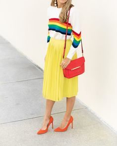 How To Wear Yellow Skirt Colour 59 Trendy Ideas Yellow Skirt Outfits, Yellow Pleated Skirt, Rainbow Outfit, Rainbow Clothes, Rainbow Fashion, Yellow Formal Dress, Star Fashion, Fashion Outfits, Js Everyday Fashion