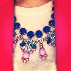 Pretty gems necklace