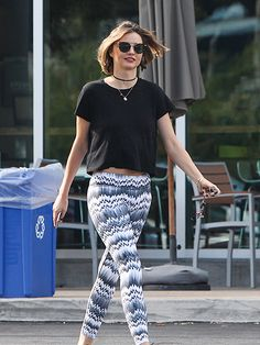 Star Tracks: Friday, May 6, 2016 | SHORT HAIR, DON'T CARE | Miranda Kerr flaunts her new 'do while walking through Agoura Hills, California, on Thursday.