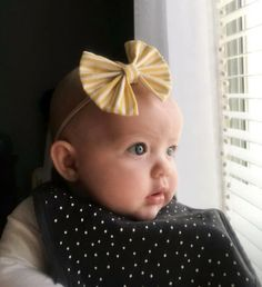 This striped pattern always looks so good as an Ella.but look at this baby girls eyes! Little People, Little Ones, Fabric Bows, Yellow Stripes, Girls Eyes, Baby Fever, Children Photography, Baby Girls, Hair Bows