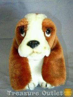 Wolverine World Wide Inc. Stuffed Plush Hush Puppies Basset Hound Dog Vintage