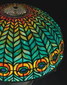 tiffany studios peacock table ||| lighting ||| sotheby's n09061lot76xd8en