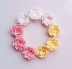 9 small size hand made felt 3d flowers/roses.For by cutzbothways