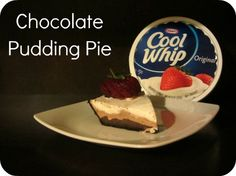 Chocolate Pudding Pie w/ #COOLWHIP via www.carriewiththechildren.com