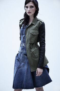 We all have those key pieces that we love to throw together with our most feminine dresses and flouncy skirts to toughen up the look: a worn-to-bits leather jacket, chunky chain necklaces and of course Daria-inspired combat boots. This fall season, an army or military-inspired jacket is at the top of shopping lists as an [...]