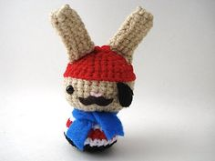 Amigurumi Bunny Ears : Redesigning little bigfoots amigurumi to go