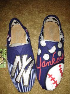 NY Yankees TOMS @Alyssa Stucki