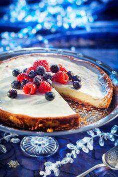 New Yorkin juustokakku | K-Ruoka #amerikanherkut Cheesecake, Tasty, Yummy Food, Yummy Recipes, Food And Drink, Pie, Menu, Sweets, Homemade