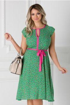 Rochie Isabel verde cu floricele si cordon in talie Short Sleeve Dresses, Dresses With Sleeves, Floral, Mustard, Fashion, Green, Moda, Sleeve Dresses, La Mode