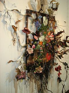 Natural World: Valerie Hegarty flowers and destruction says it all Decay Art, Growth And Decay, Instalation Art, Creation Art, Flower Installation, A Level Art, Assemblage Art, Arte Floral, Ikebana