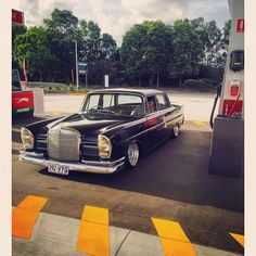 #mercedes benz 220s #w112 #lowrider #Heckflosse - Google Search