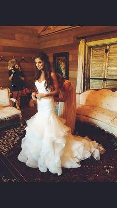 Most Popular Wedding Hairstyle That Will Make The Bridal More Beautiful 45 Beautiful Ideas 038 Wedding Goals, Wedding Attire, Wedding Beauty, Mermaid Dresses, Dream Wedding Dresses, Wedding Wishes, Dream Dress, Perfect Wedding, Wedding Inspiration