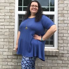 072e1255d9744 LuLaRoe Perfect T and Cassie Skirt. Plus Size Fashion. Leggings Style