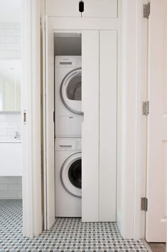 Considerations for design when planning your utility space. Using clever storage solutions for joinery design and creation  #joinery #utilityinspo #laundryinspo #absoluteprojectmanagement Laundry Bathroom Combo, Laundry Cupboard, Utility Cupboard, Tiny Laundry Rooms, Bathroom Cupboards, Small Bathroom, Small Utility Room, Utility Room Storage, Utility Room Designs
