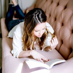 7 Page-Turning Thrillers That Will Have You Pulling All-Nighters via @MyDomaine Self Love Books, Good Books, Books To Read, Good Thriller Books, Personal Life Coach, Answer To Life, Motivational Books, Pep Talks, Oprah Winfrey