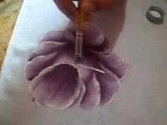 A melhor forma para aprender a pintar uma rosa