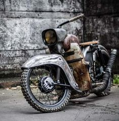 Excellent Moto bike images are offered on our internet site. Mini Bike, Vintage Motorcycles, Custom Motorcycles, Vintage Moped, Scooter Custom, Honda Cub, Engin, Motorcycle Art, Steampunk Motorcycle