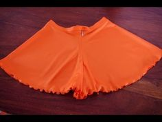 Diy Shorts, Sewing Clothes, Diy Clothes, Jupe Short, Creation Couture, Work Suits, Chor, Diy Dress, Dress Making
