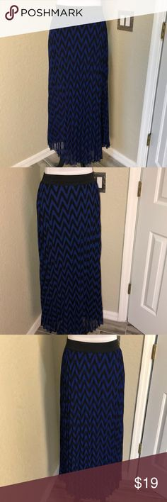 Royal Blue and Black Chevron Print Maxi Skirt Fully lined. Elastic waste. Size small. Crinkle style skirt. Skirts Maxi