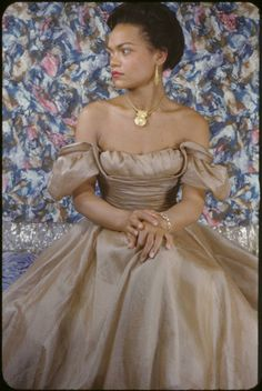 Eartha Kitt, Harlem in Color by Carl Van Vechten, 1949 Vintage Glamour, Old Hollywood Glamour, Vintage Hollywood, Vintage Beauty, My Black Is Beautiful, Beautiful People, Simply Beautiful, Beautiful Things, Timeless Beauty