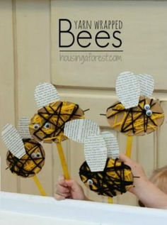 7 Insect Crafts for Kids to Make: Yarn Wrapped Bees Want great ideas on arts and crafts? Go to this fantastic info! Crafts For Kids To Make, Projects For Kids, Kids Crafts, Art For Kids, Arts And Crafts, Insect Crafts, Bug Crafts, Kindergarten Art, Preschool Crafts