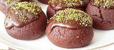 Kakaolu Islak Kek özel misafirler için harika bir sunum olanağı sağlıyor. Yumuşacık kıvamı ve kakao Muffin, Food And Drink, Breakfast, Cake, Sweet, Tatting, Kitchens, Food And Drinks, Food Food