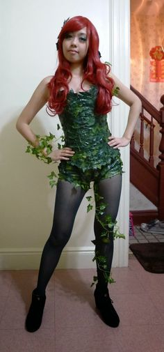 Halloween: Easy Poison Ivy Cosplay Costume and Makeup #cosplay #poisonivy #costume Facebook.com/reenicosplay